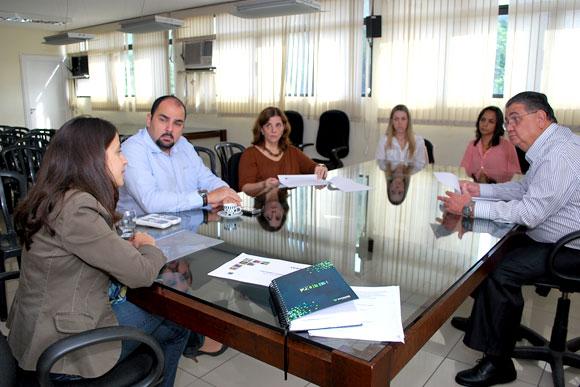 Reunião foi de aproximação entre munício e a empresa / Foto: Divulgação Prefeitura