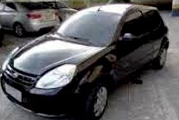 Carro que foi roubado em Cordisburgo / Foto: Arquivo pessoal